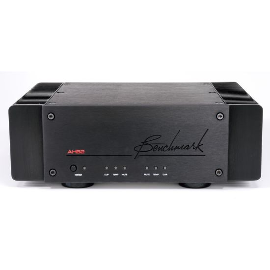 Benchmark AHB2 High-Resolution Power Amplification, Front