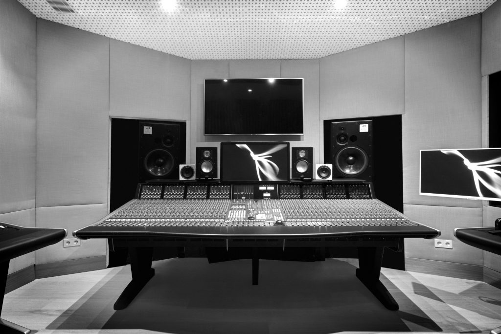 Palma SSL EDIT BW KMR
